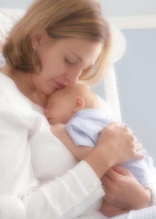 http://aunpassodalpossibile.files.wordpress.com/2009/11/rapporto-mamma-neonato.jpg